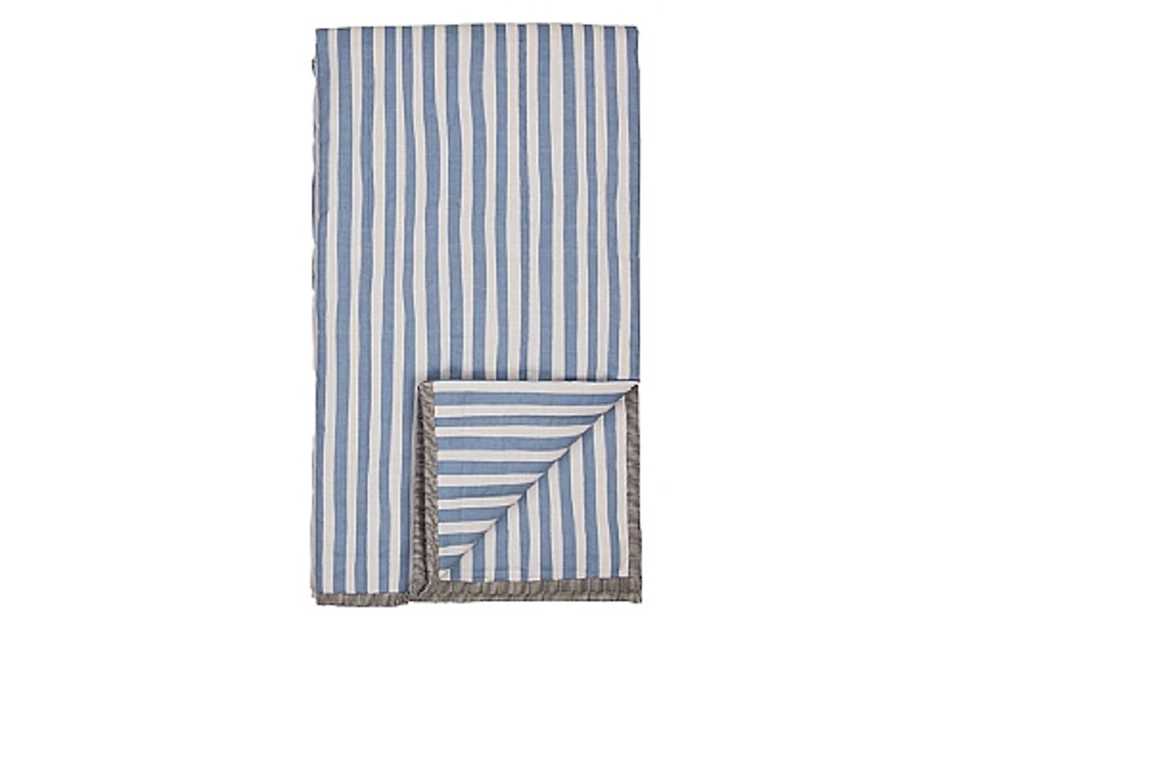 thin line plaid dusk blue fra broste. Black Bedroom Furniture Sets. Home Design Ideas